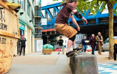 dom - feeble grind on the black block during LDNcalling